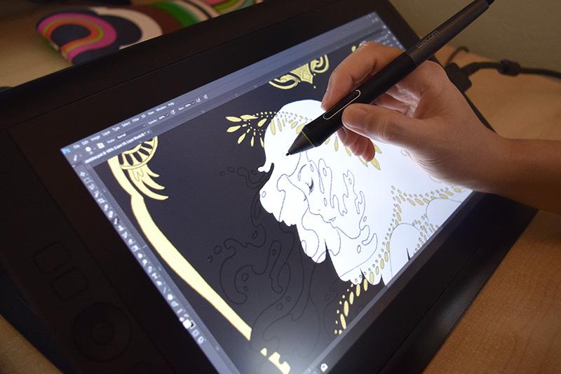 Wacom Cintiq tablet Photoshop coloring